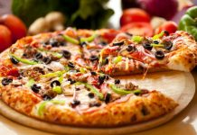 free domino pizza